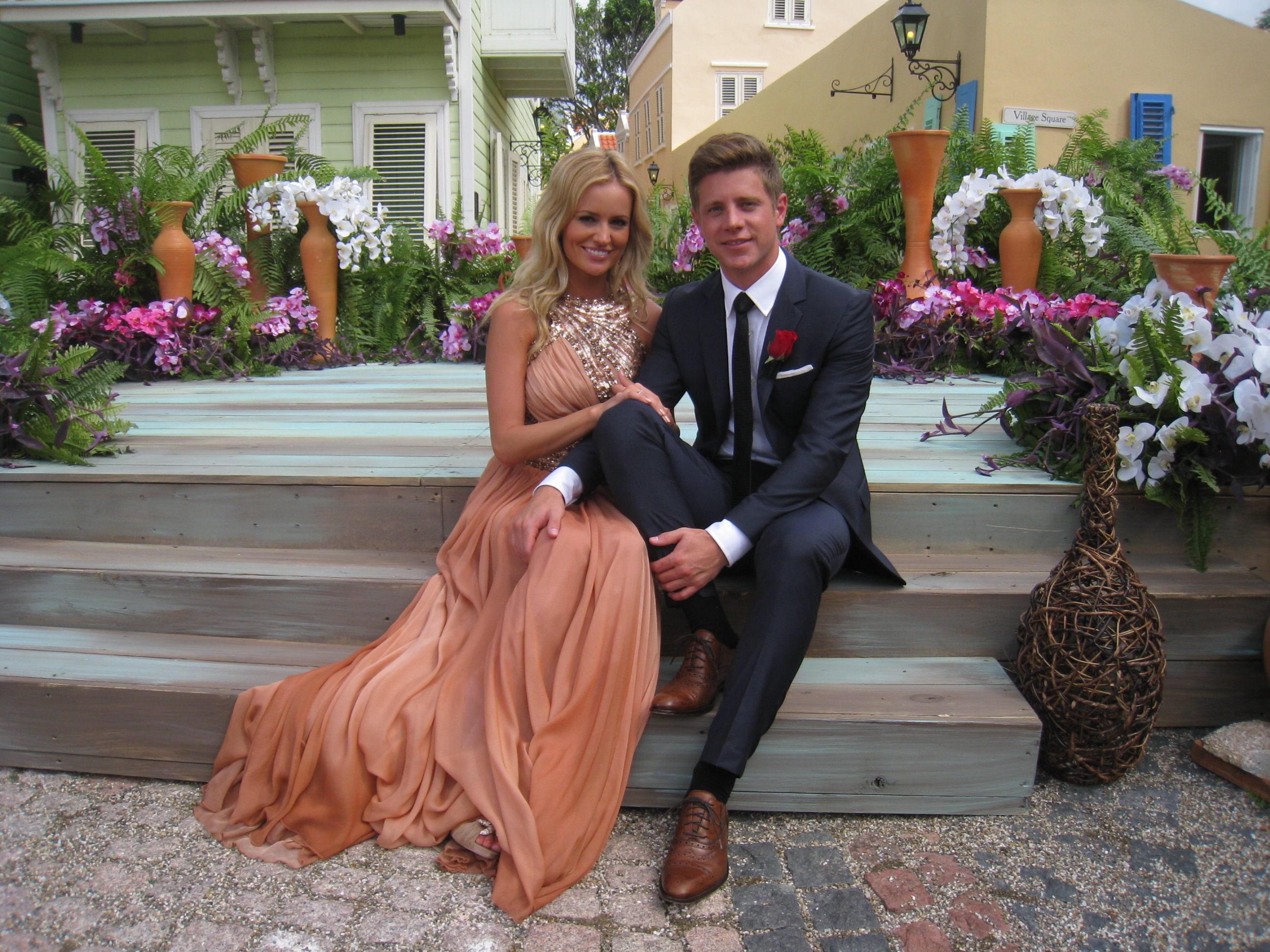 emily maynard jef holm  New Apps For Effective And Secret Phone    Emily Maynard And Jef Holm Proposal
