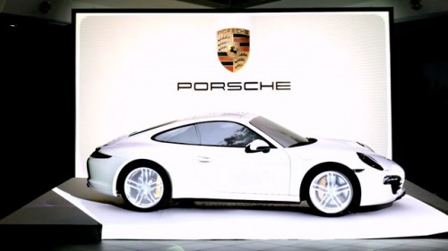 New Porsche 911 Carrera 4S Reveal In Projection Mapping