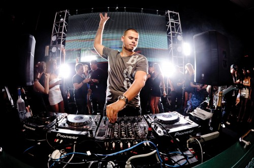 Uber Offers Music Freaks Afrojack Experience At ADE 2013